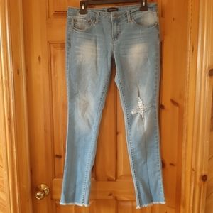 Rampage lightwash ripped jeans